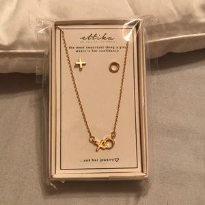 XO earring & necklace set